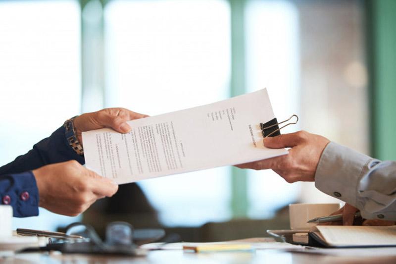 چگونه به رئیس گزارش عملکرد بدهید