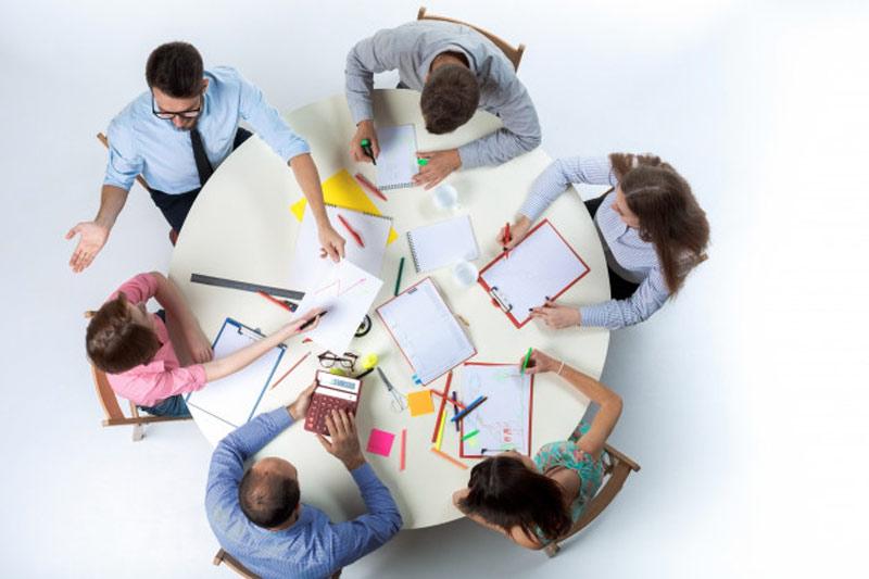 10-توصیه-بارش-فکری-تیمی- طراحی -پرزنتیشن-حرفه ای