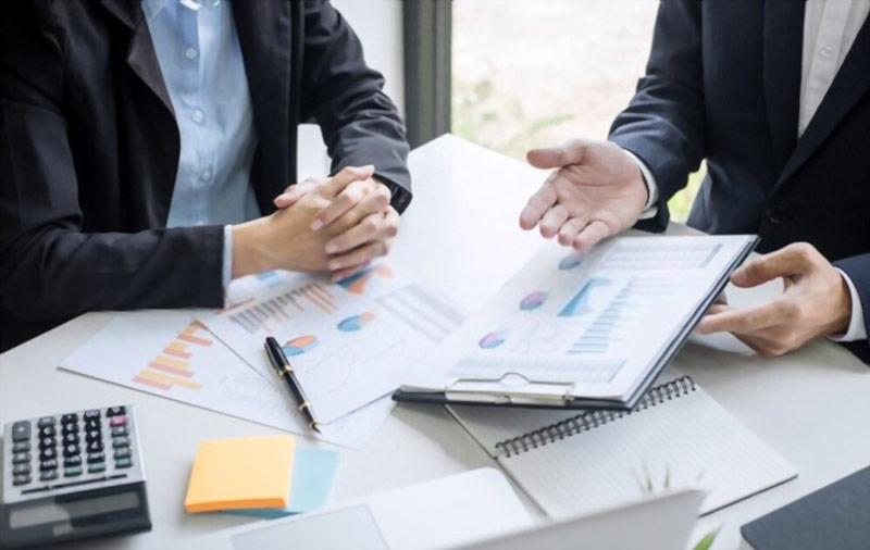 گزارش عملکرد مدیریت پروژه