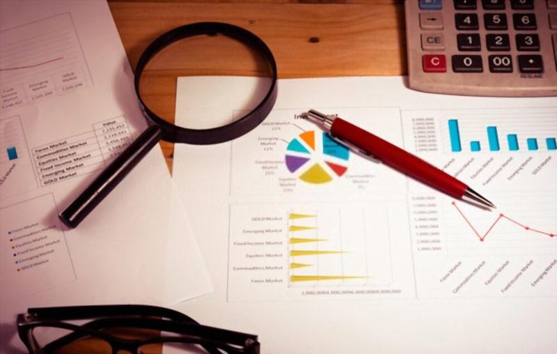 گزارش ارزیابی عملکرد بنویسید
