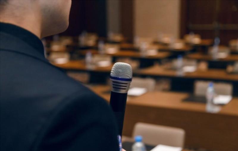 سحنرانی در جمع-تمرین سخنرانی -استیج سخنرانی